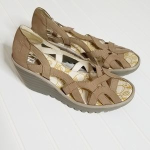 Fly London Yadi Taupe Woven Wedge Sandals 38